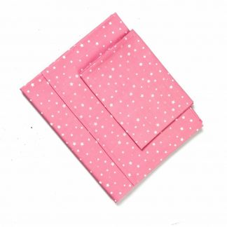 baby-roze-lakensetje-witte-sterren-motief