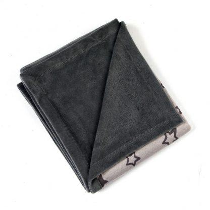 fleece-dekentje-sterren-zwart-grijs-tinten