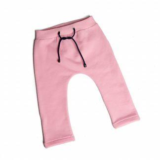 baby-roze-broekje-taille-koordtje