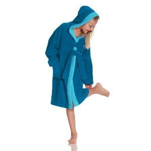 De badjassen voor kinderen met kap