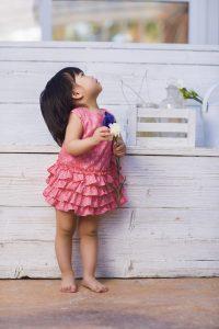 baby-jurkje-felroze-blauw-strikje